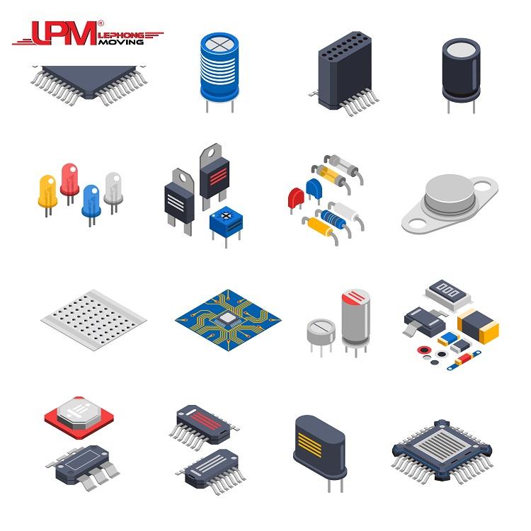 Các linh kiện điện tử được đặt trong thùng carton